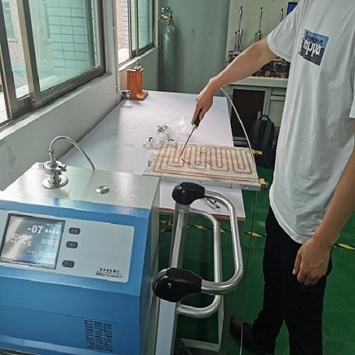 水冷板氦质谱检漏